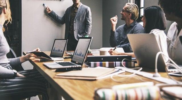 Grupy rekomendacji biznesowej